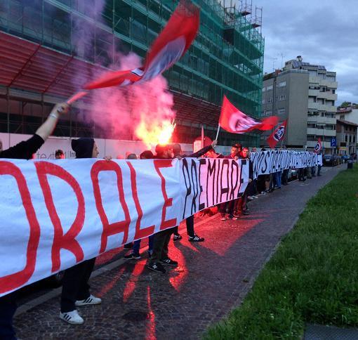 """CPI contesta Soros a Udine, """"immorale premiare uno sciacallo della finanza mondiale"""""""