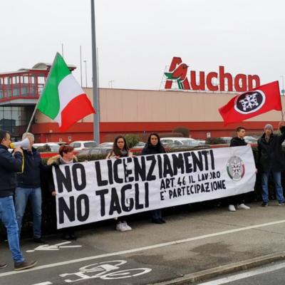 Padova: sit-in di CasaPound contro taglio lavoratori Conad