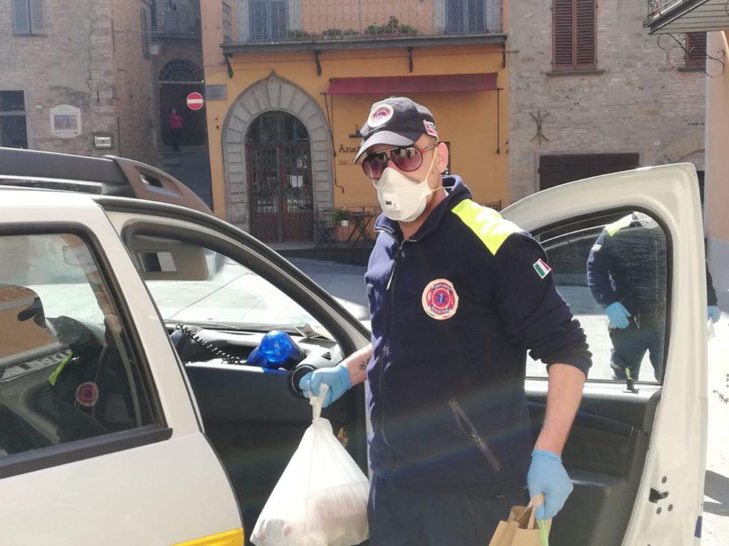 Militanti di CasaPound da tutta Italia in aiuto alla Protezione Civile