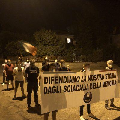 Baschi (TR), vandalizzata targa in Piazza Martiri delle Foibe. Interviene CasaPound