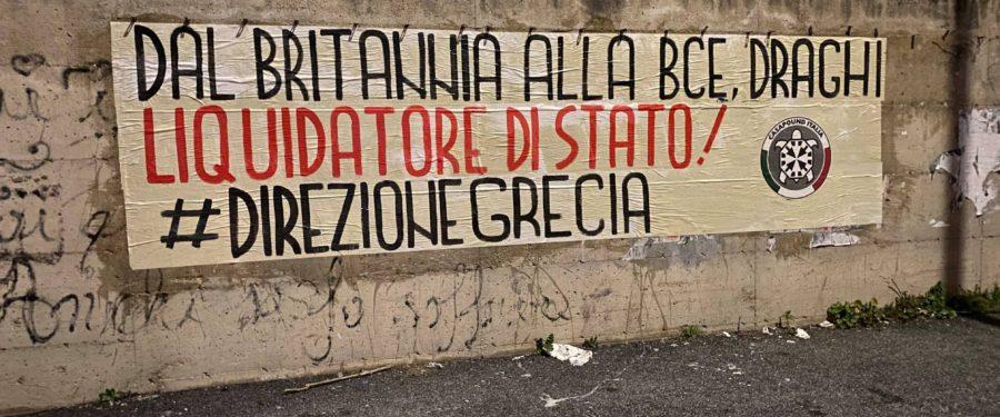 """Governo, striscioni di CasaPound contro Draghi in tutta Italia: """"liquidatore di Stato"""""""