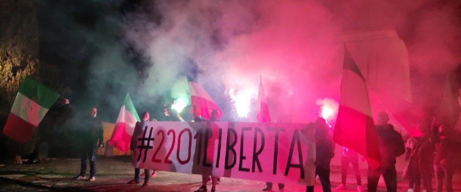 CasaPound appoggia proteste contro il coprifuoco alle 22