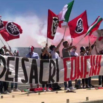 """CasaPound: blitz a Porto Empedocle dei militanti siciliani contro l'immigrazione clandestina, """"A difesa dei sacri confini"""""""