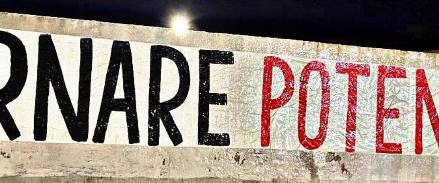 """CasaPound, affissioni in tutta Italia: """"Tornare potenza"""" e rifiutare il fatalismo"""