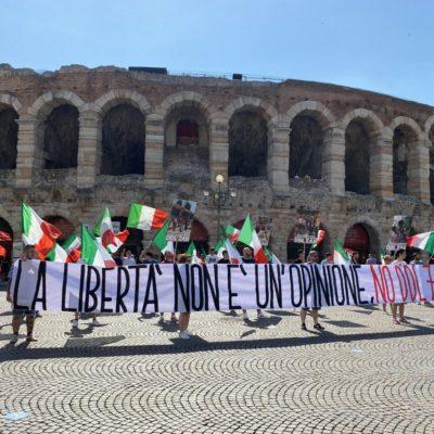 CasaPound Italia manifesta in tutta Italia contro il Ddl Zan