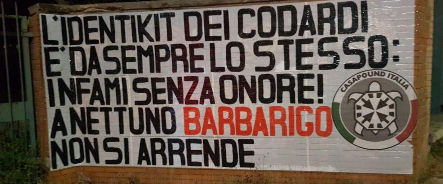 """Tombe dei caduti profanate a Nettuno, striscioni di CasaPound in tutta Italia: """"gesto infame e vigliacco"""""""